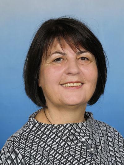 Prof. Mag. Eva-Maria Hilscher