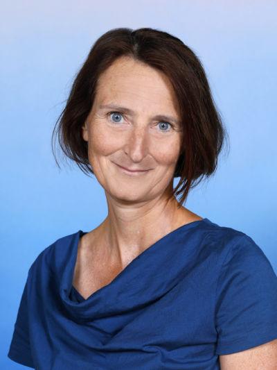Prof. Mag. Ingrid Lowatschek